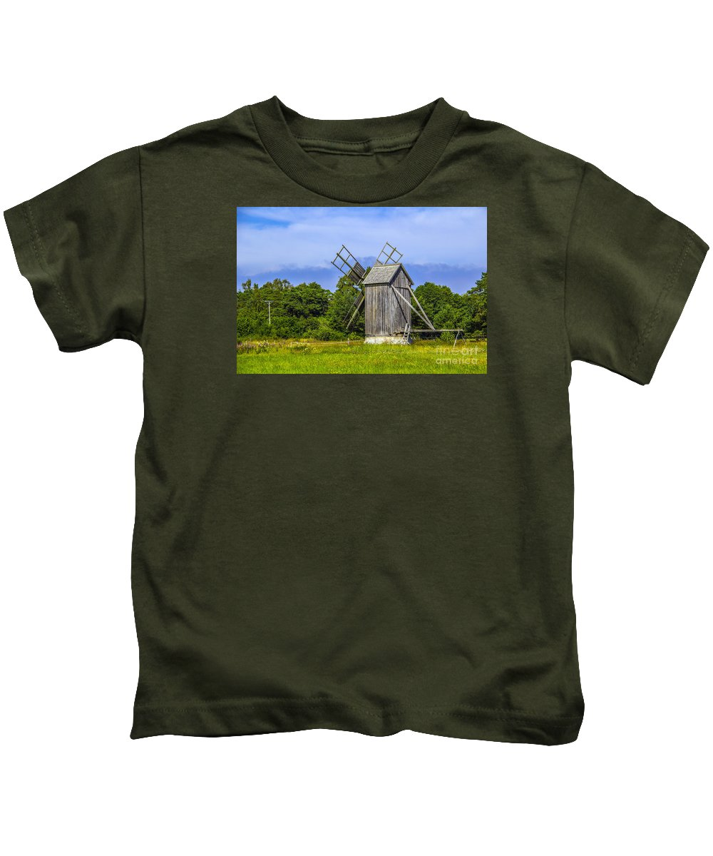 Windmill Kids T-Shirt featuring the photograph Country Mill by Roberta Bragan