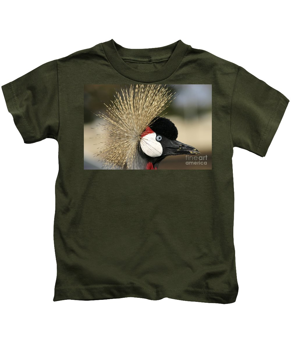 Crowned Kids T-Shirt featuring the photograph Crown Crane Close Up by Danny Yanai