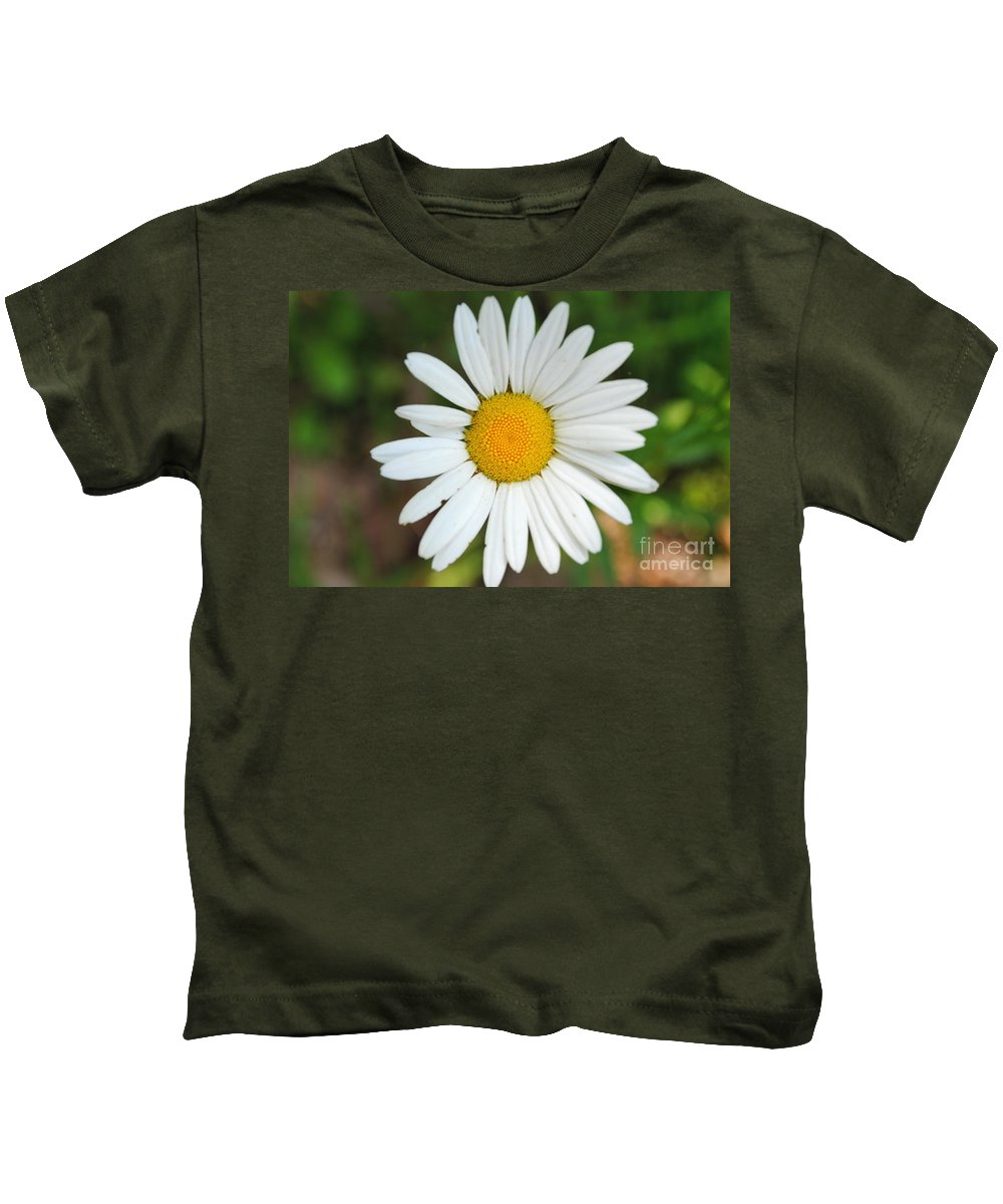 Daisy Kids T-Shirt featuring the photograph Daisy by Jost Houk