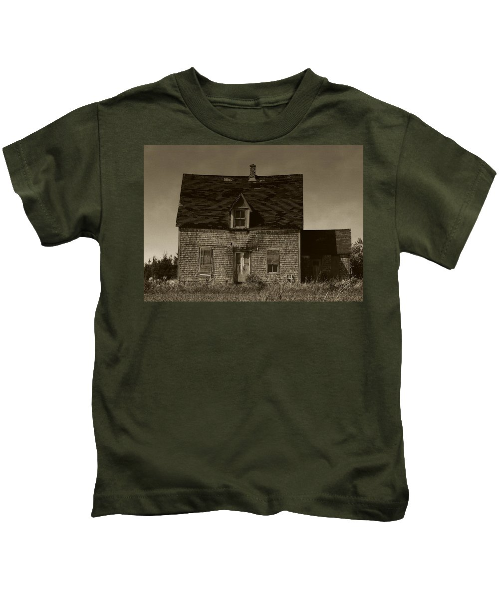 Old House Kids T-Shirt featuring the photograph Dark Day On Lonely Street by RC DeWinter