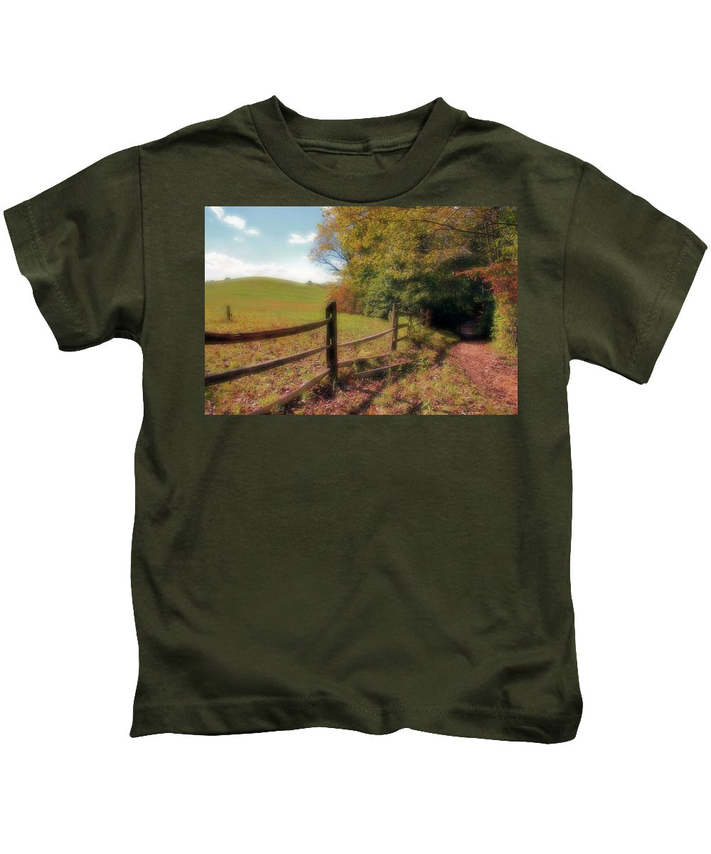 Park Kids T-Shirt featuring the photograph Daydreamy by Kristin Elmquist