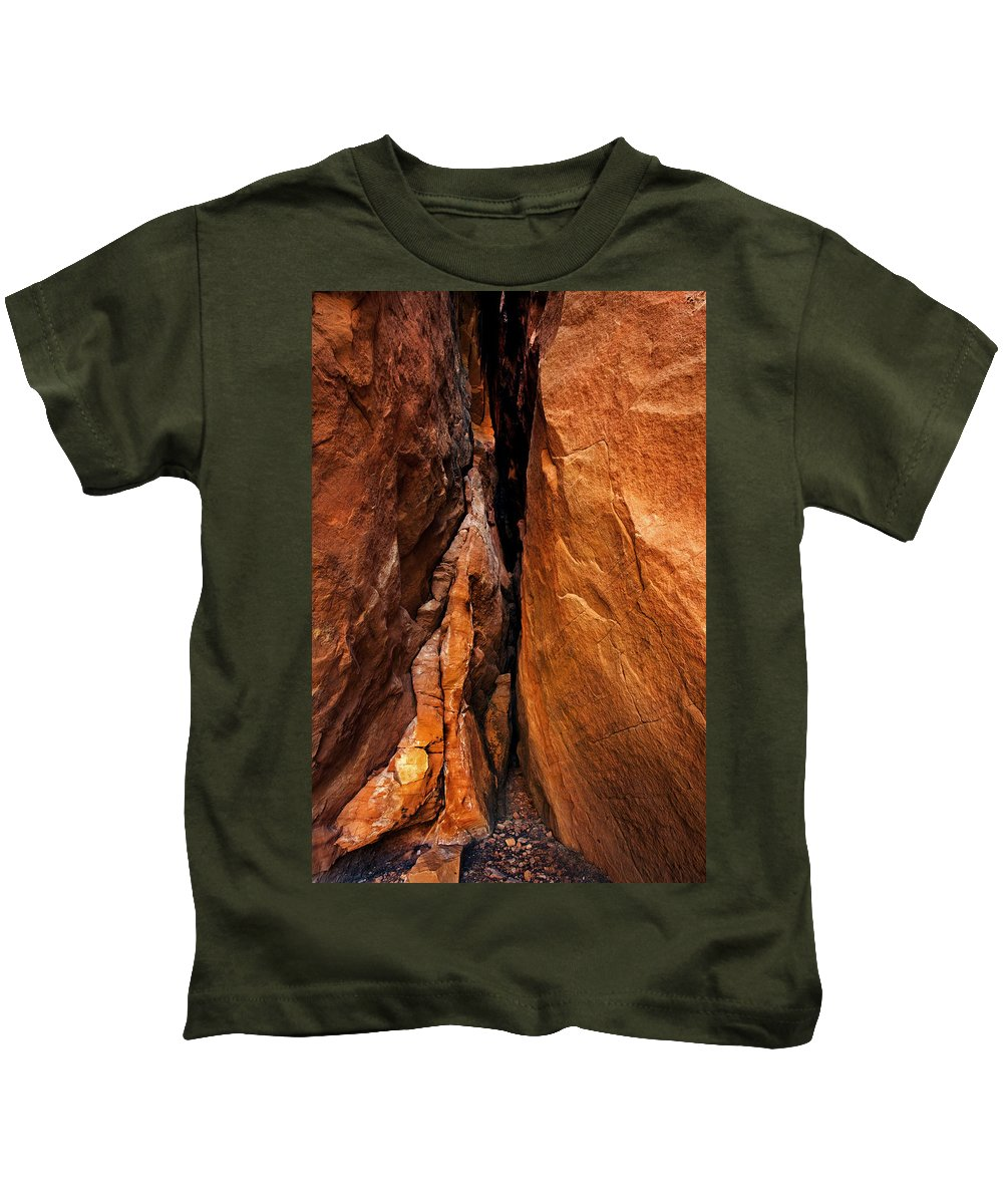 Soldier's Pass Kids T-Shirt featuring the photograph Dead End by Mike Dawson
