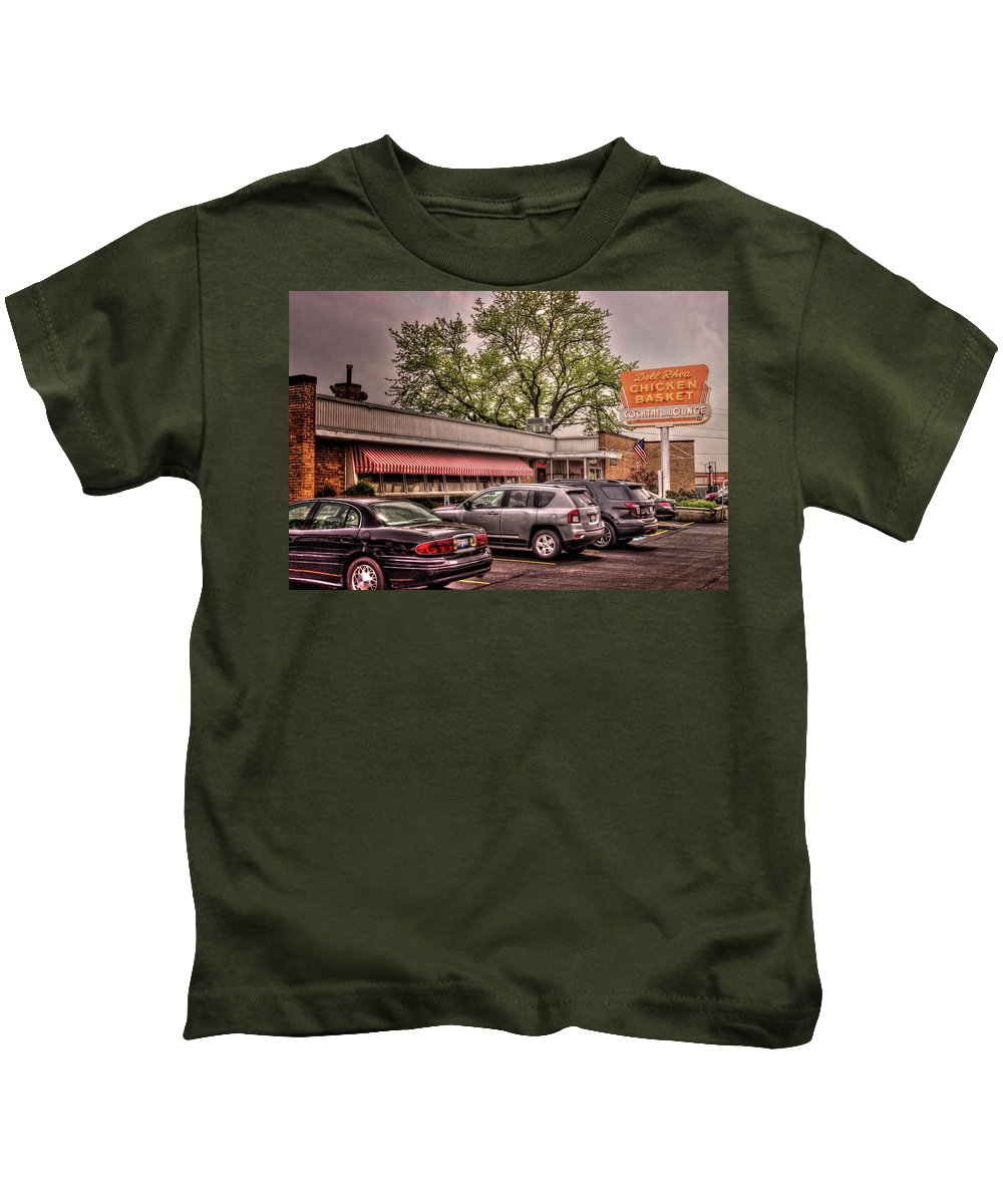 Willowbrook Kids T-Shirt featuring the photograph Dell Rhea's Chicken Basket by Fred Hahn