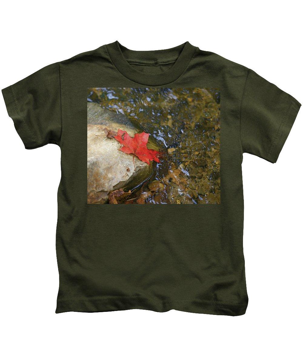 Abstact Kids T-Shirt featuring the photograph Destination by Robert Pearson