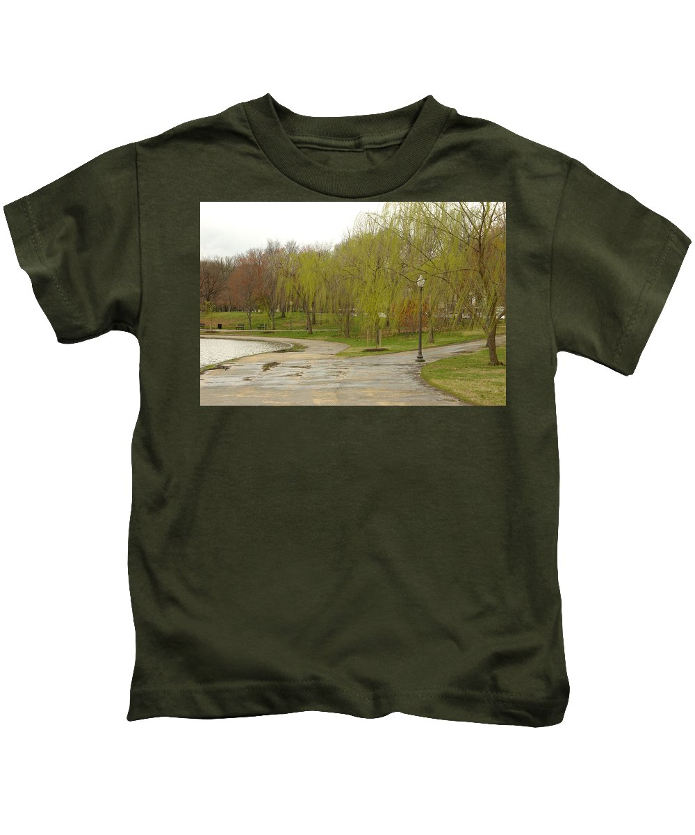 Landscape Park Washington Willow Tree Lake Kids T-Shirt featuring the photograph Dnrf0401 by Henry Butz