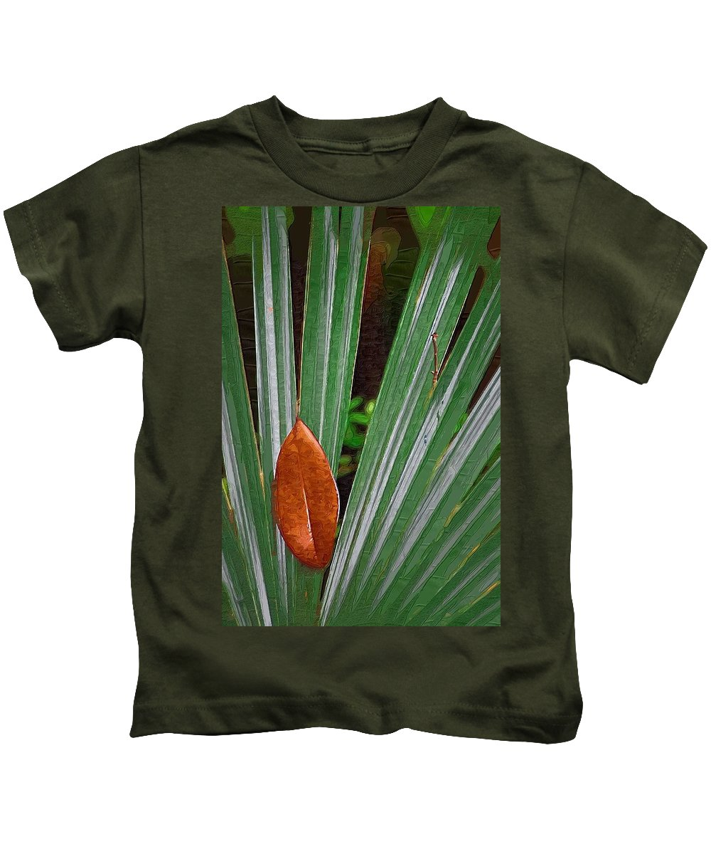 Leaves Kids T-Shirt featuring the photograph Don't Leaf by Donna Bentley