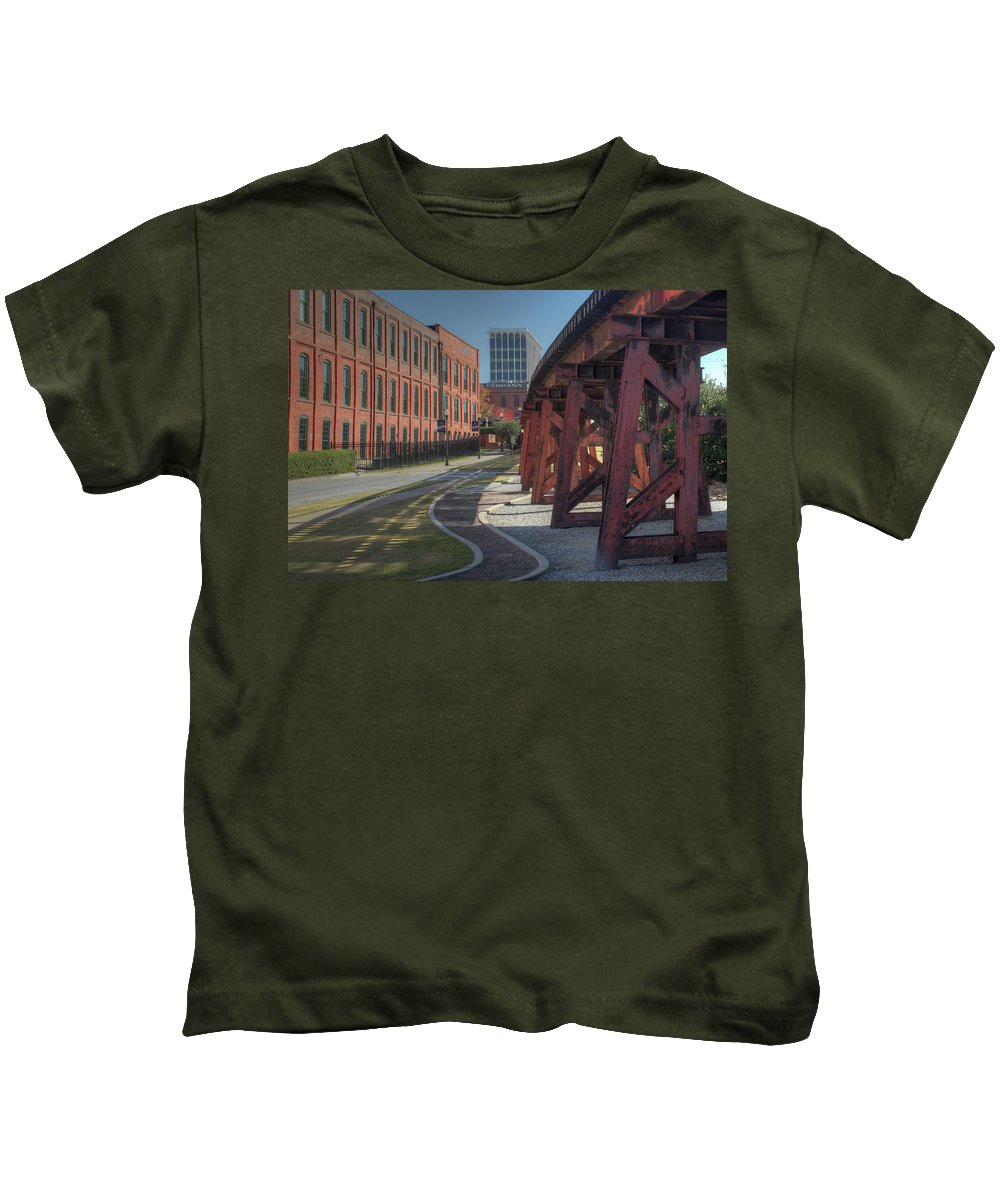 Columbus Kids T-Shirt featuring the photograph Downtown Paradox by Michelle Wittmer-Grabowski