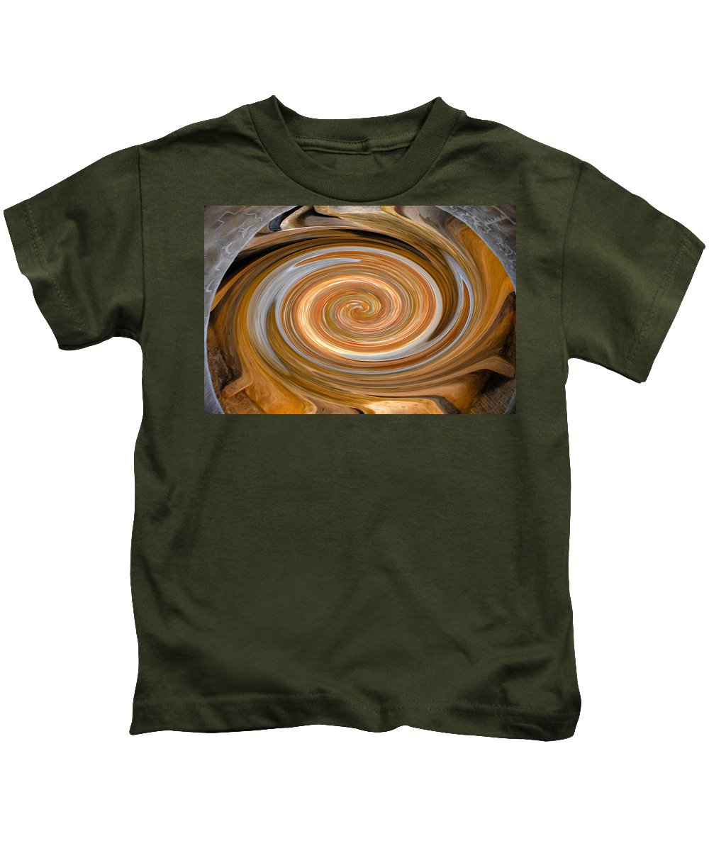 Hopi Kids T-Shirt featuring the painting Dreaming In Hopi Land by David Lee Thompson