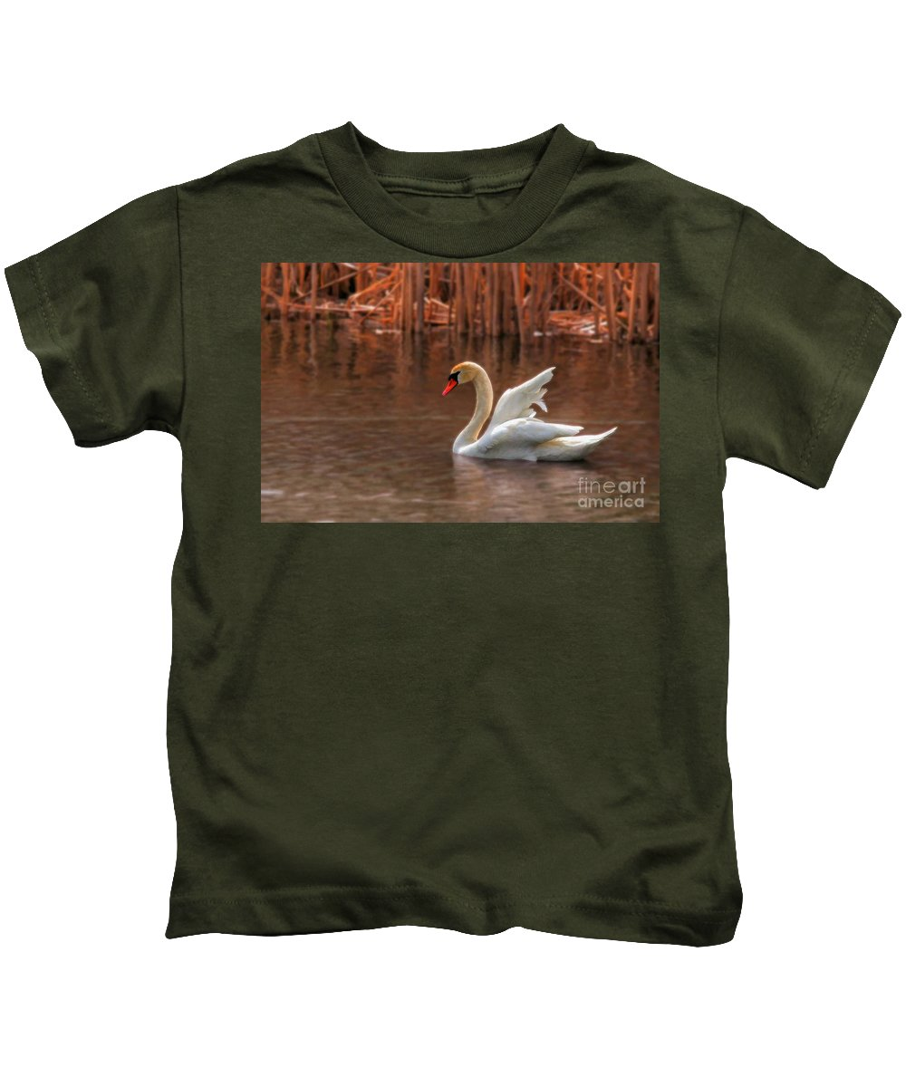 Wildlife Kids T-Shirt featuring the photograph Dreamy by Lois Bryan