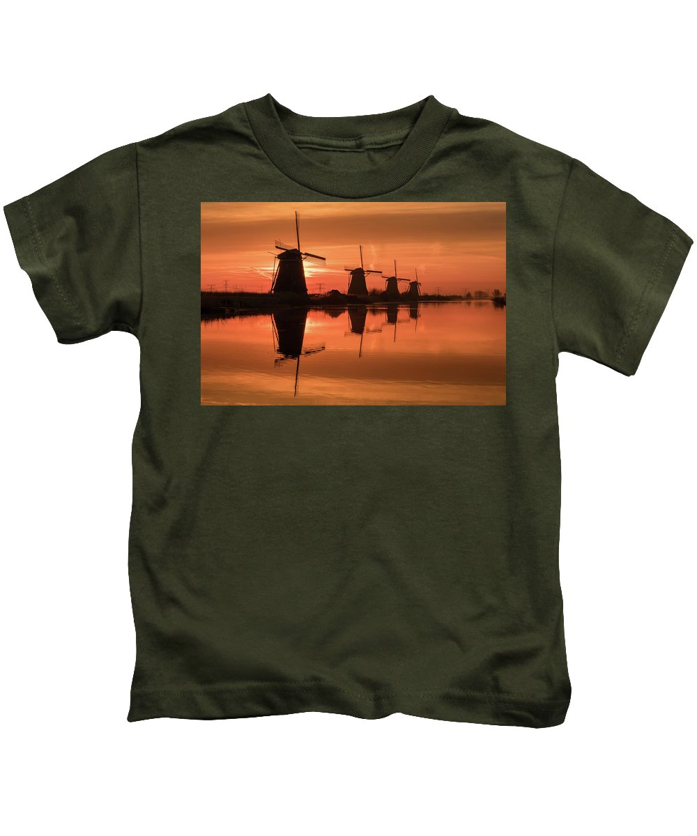 Dutch Kids T-Shirt featuring the photograph Dutch Sillhouette by Mario Visser