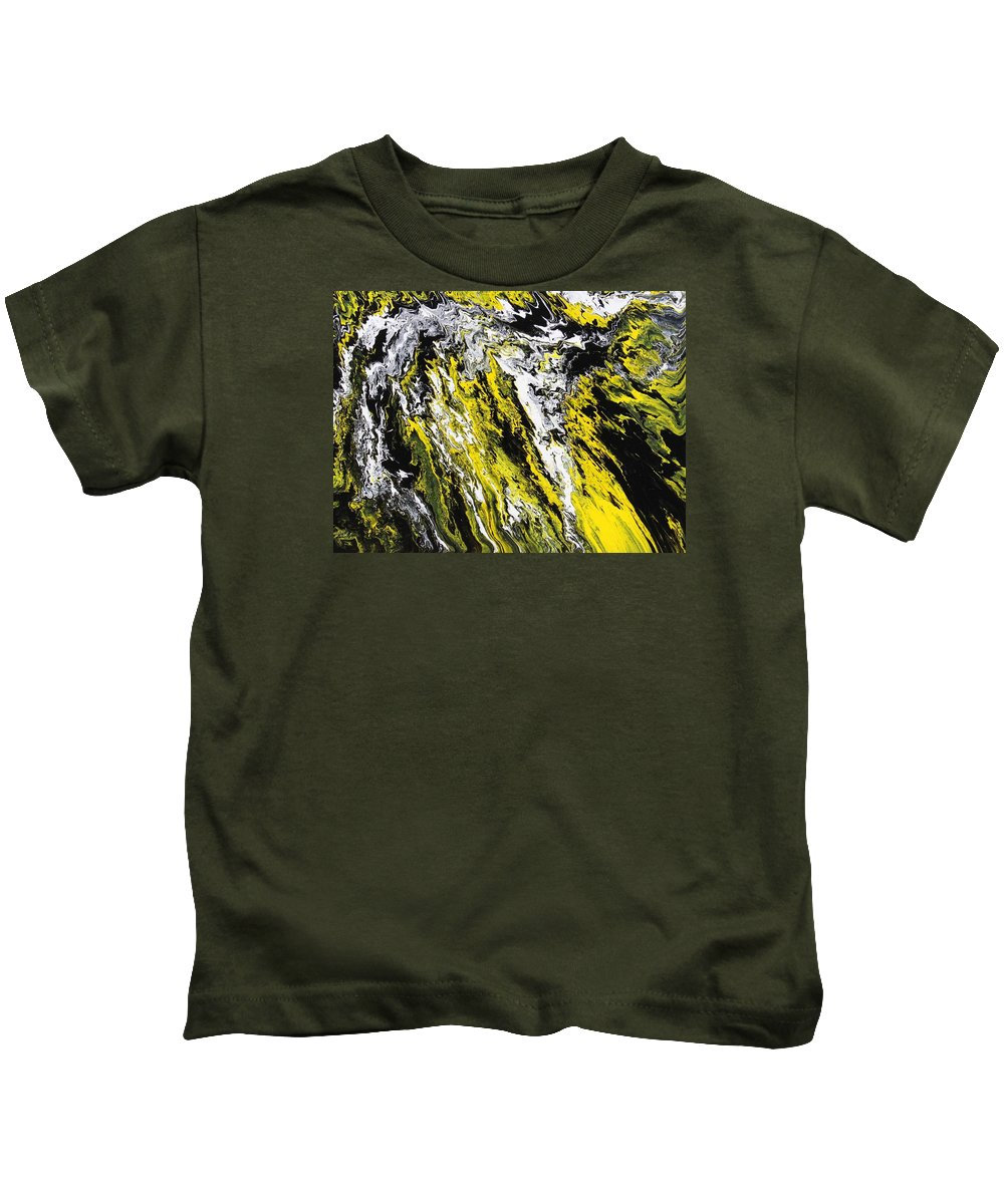 Abstract Kids T-Shirt featuring the painting Emphasis by Ralph White