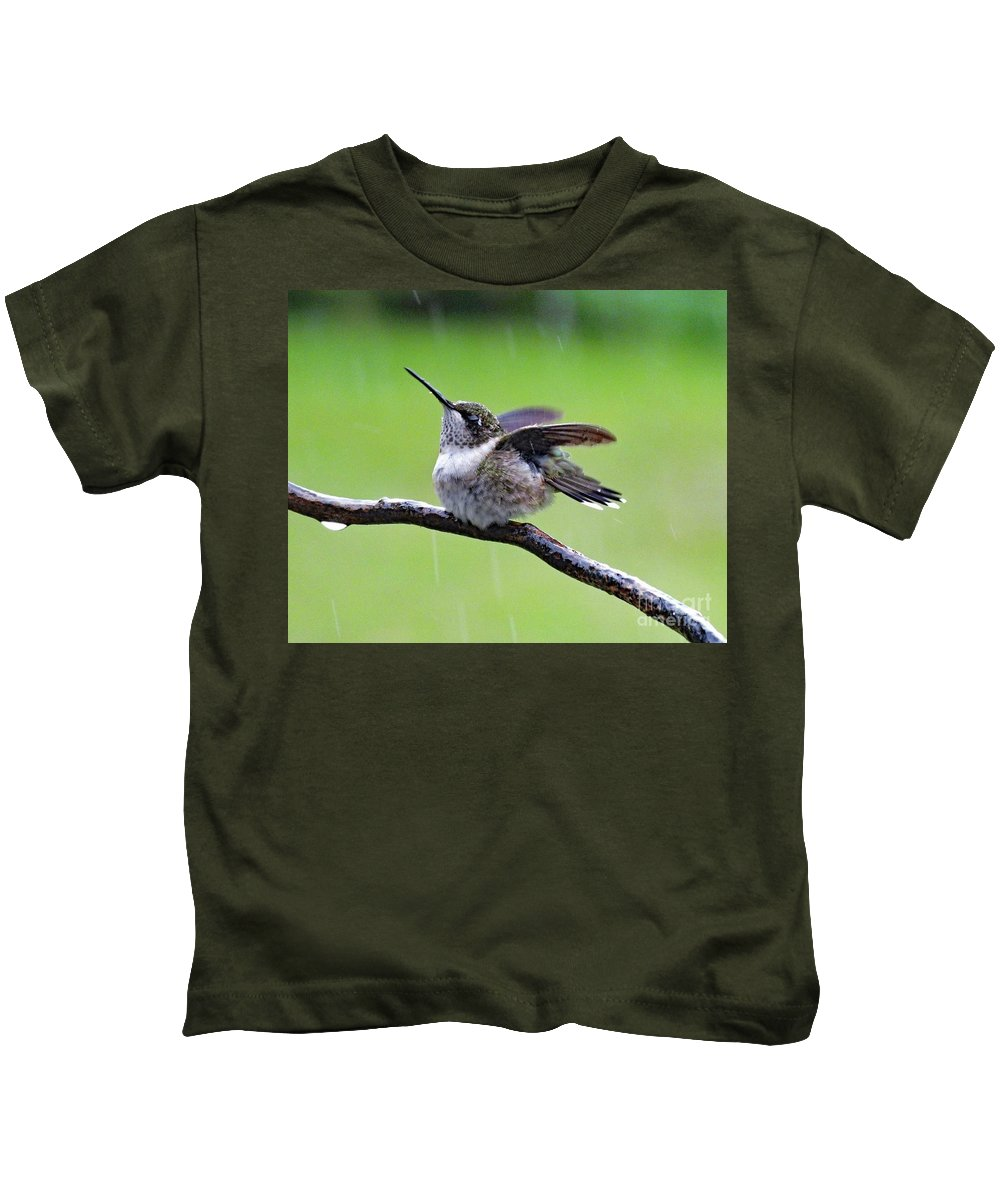 Ruby-throated Hummingbird Kids T-Shirt featuring the photograph Enjoying The Rain - Ruby-throated Hummingbird by Cindy Treger