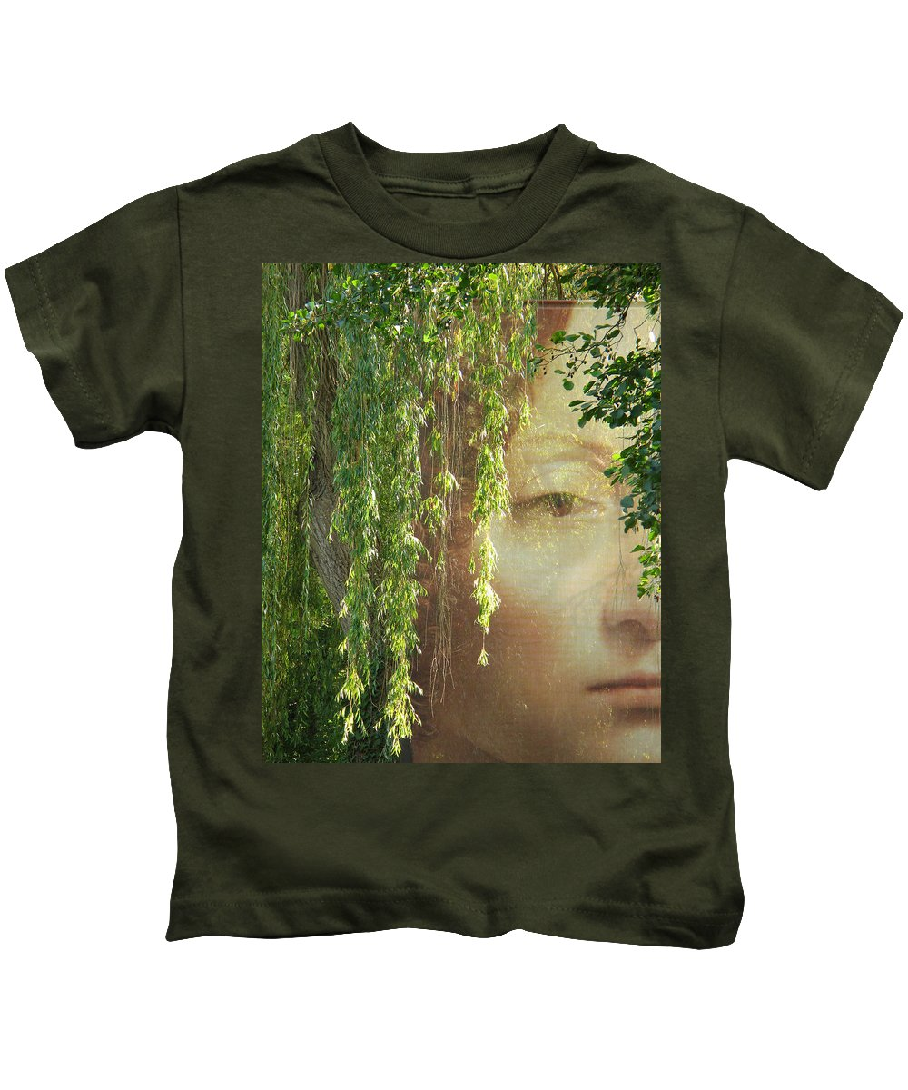 Face Kids T-Shirt featuring the photograph Face In The Willows by Greg Matchick