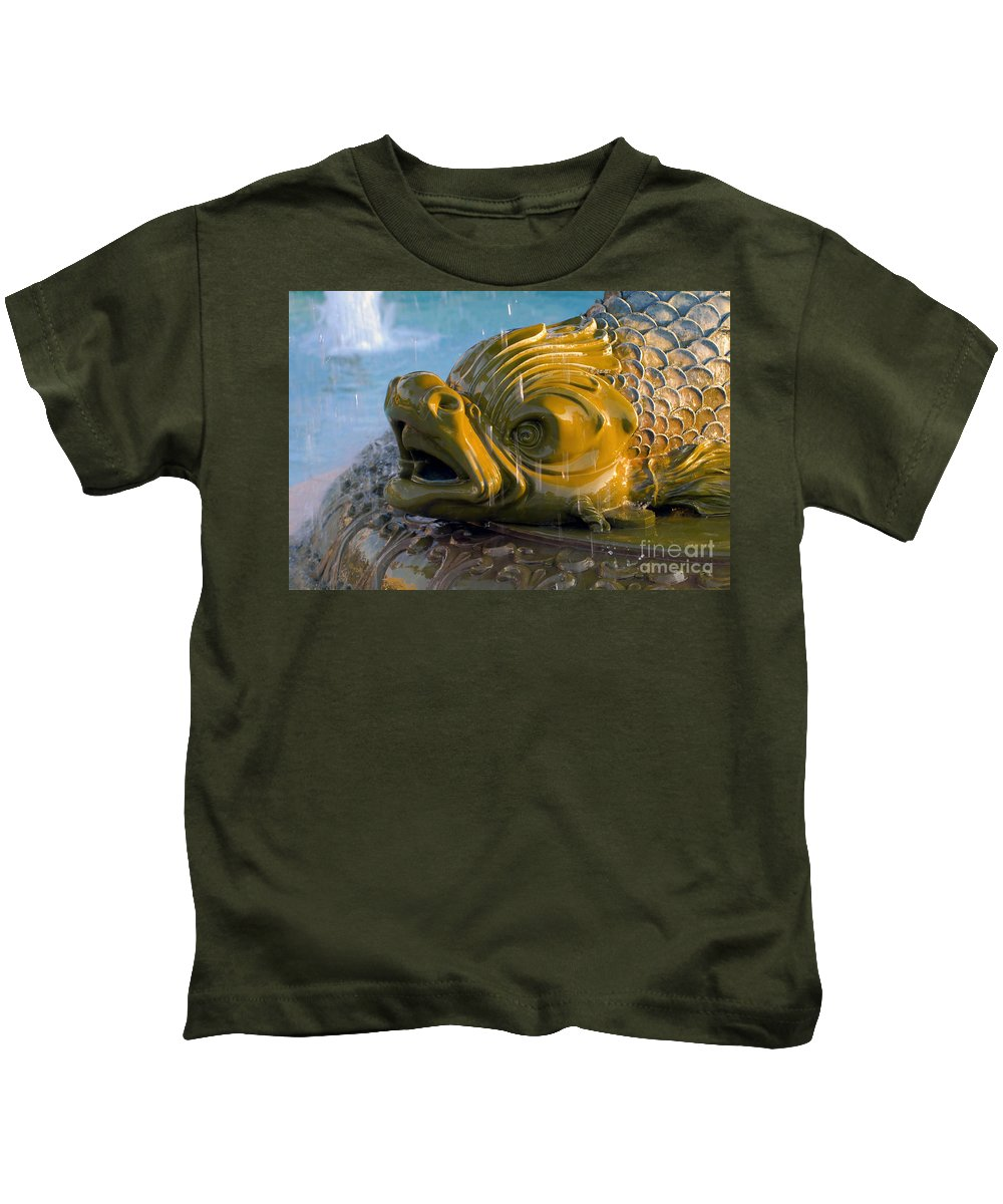 Fish Kids T-Shirt featuring the photograph Fish Out Of Water by David Lee Thompson