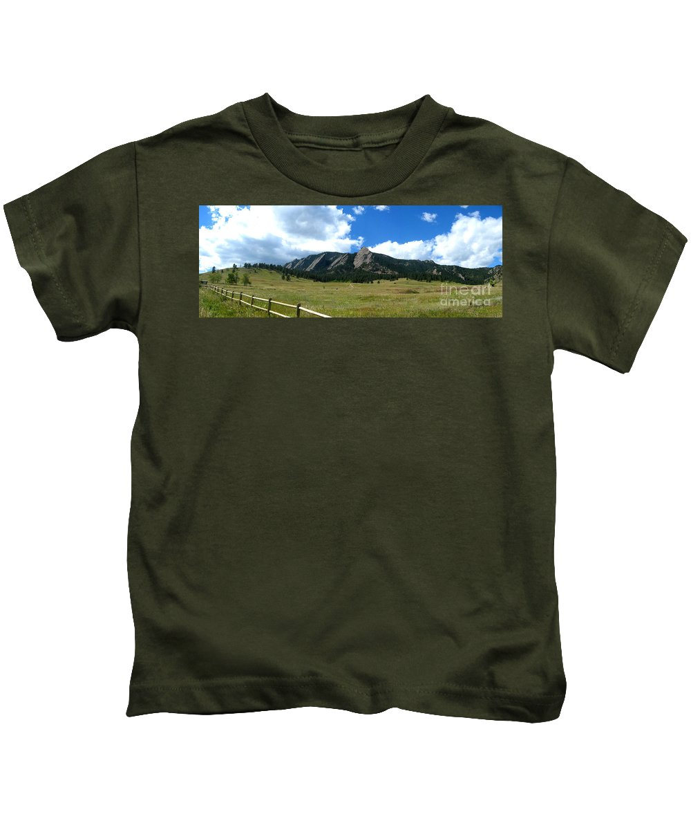 Flatiron Kids T-Shirt featuring the photograph Flatirons Panorama by Thomas Marchessault