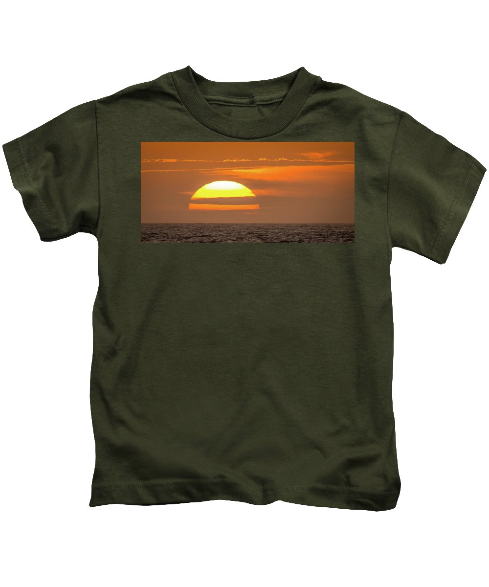 Sunset Kids T-Shirt featuring the photograph Florida Sunset by David Johnson