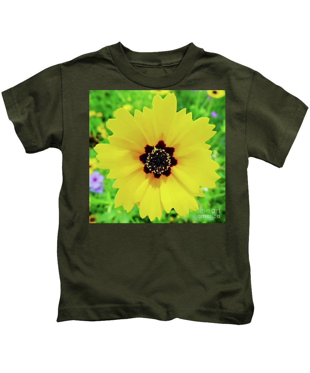 Coreopsis Kids T-Shirt featuring the photograph Florida - Yellow - Wildflower by D Hackett