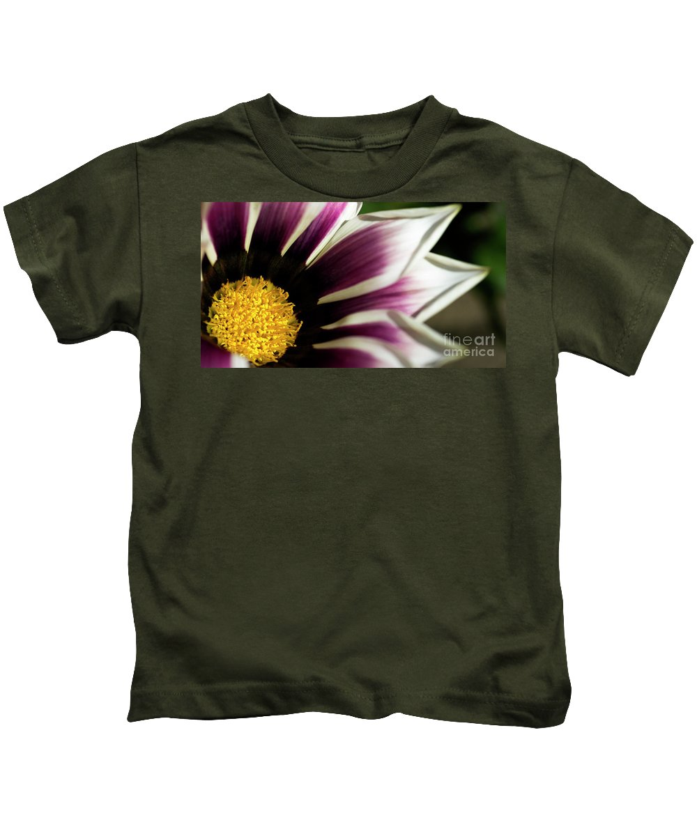 Flower Kids T-Shirt featuring the photograph From Crimson To White by Wendy Wilton