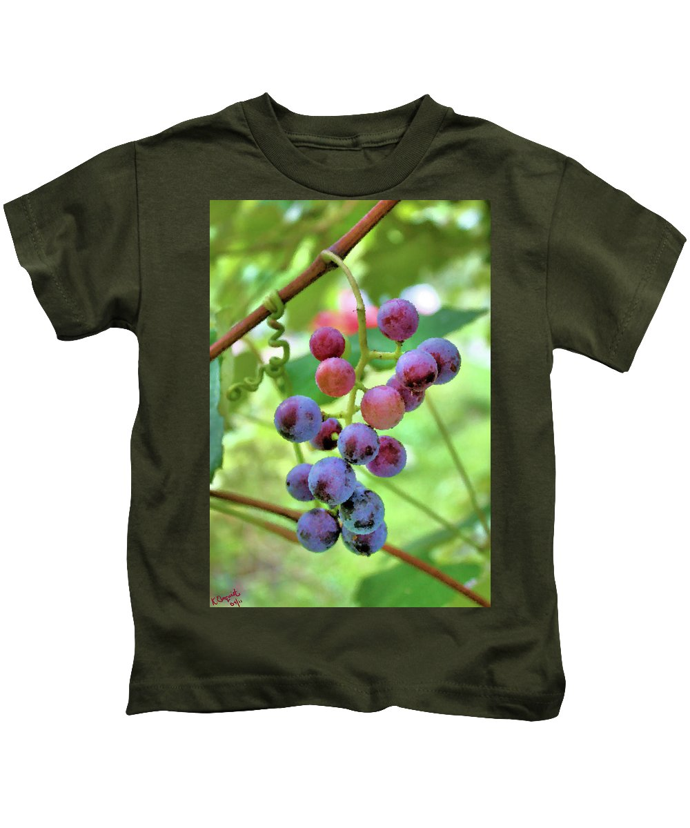 Grapes Kids T-Shirt featuring the photograph Fruit Of The Vine by Kristin Elmquist