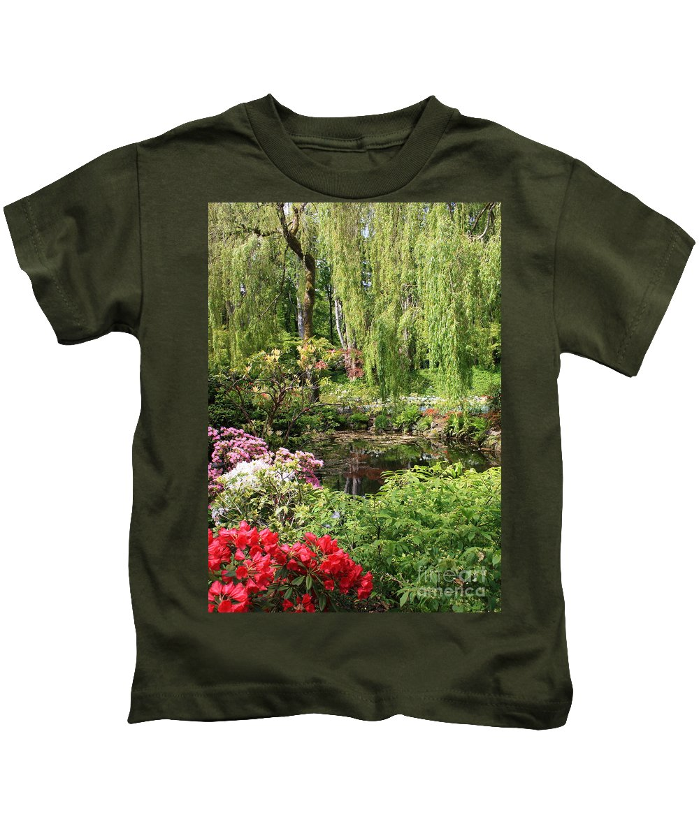 Gardens Kids T-Shirt featuring the photograph Garden Splendor by Carol Groenen