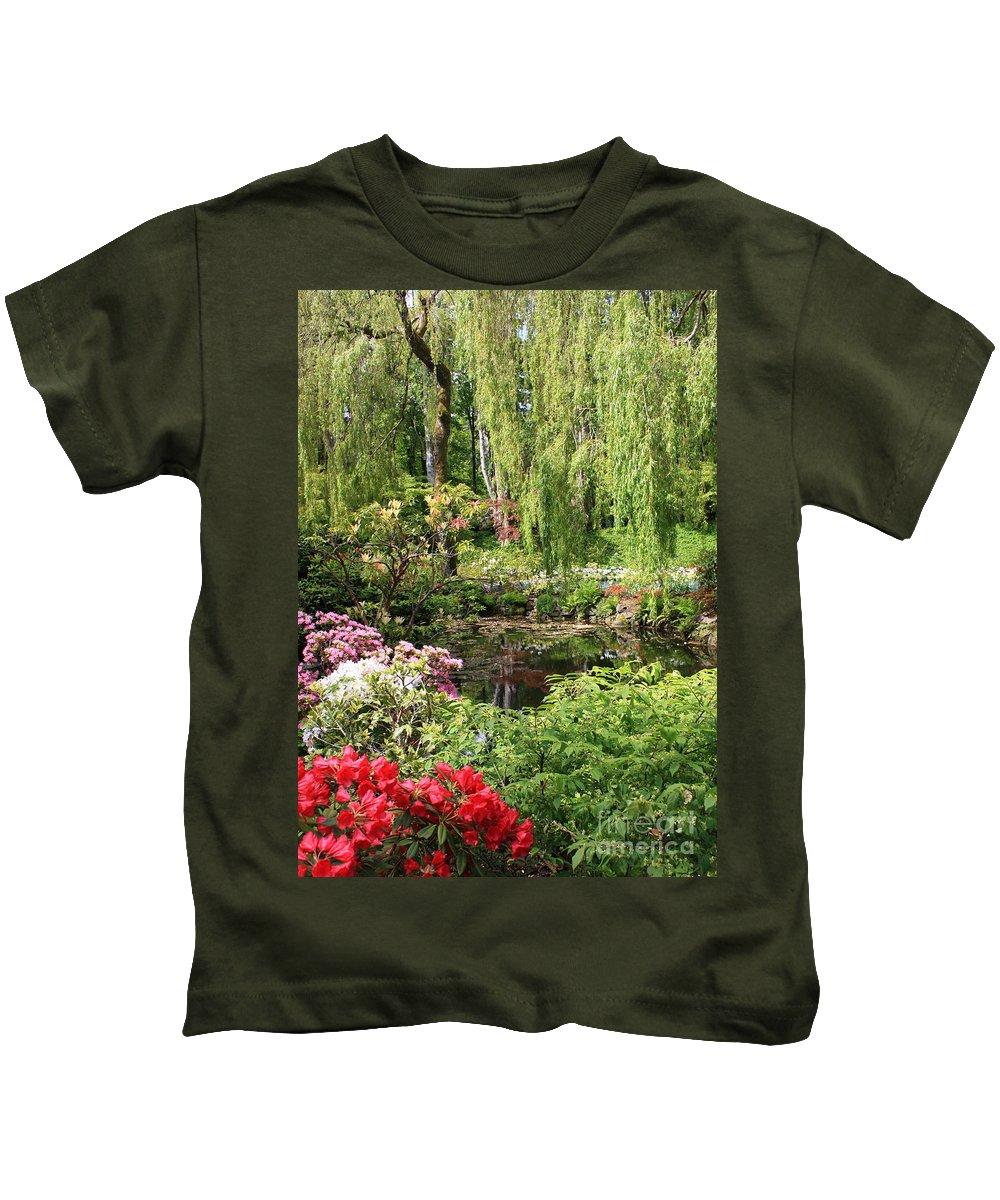 Gardens Kids T-Shirt featuring the photograph Garden Splendor by Carol Groenen