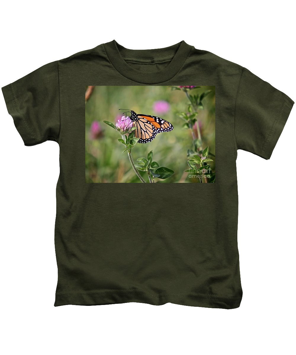 Insect Kids T-Shirt featuring the photograph Gold Wings by Robert Pearson