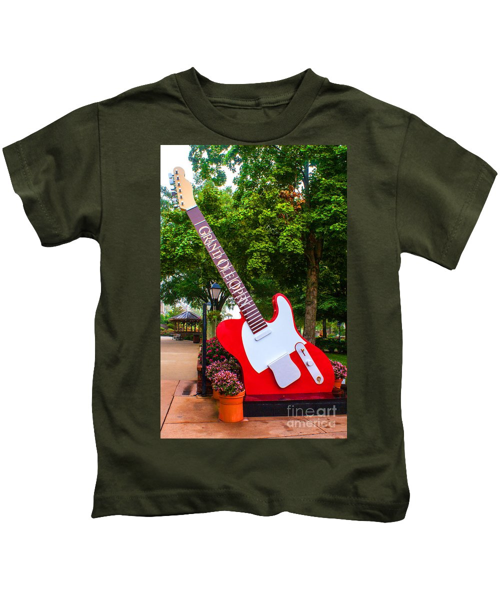 Guitar Kids T-Shirt featuring the photograph Grand Ole Opry by Robert Edgar