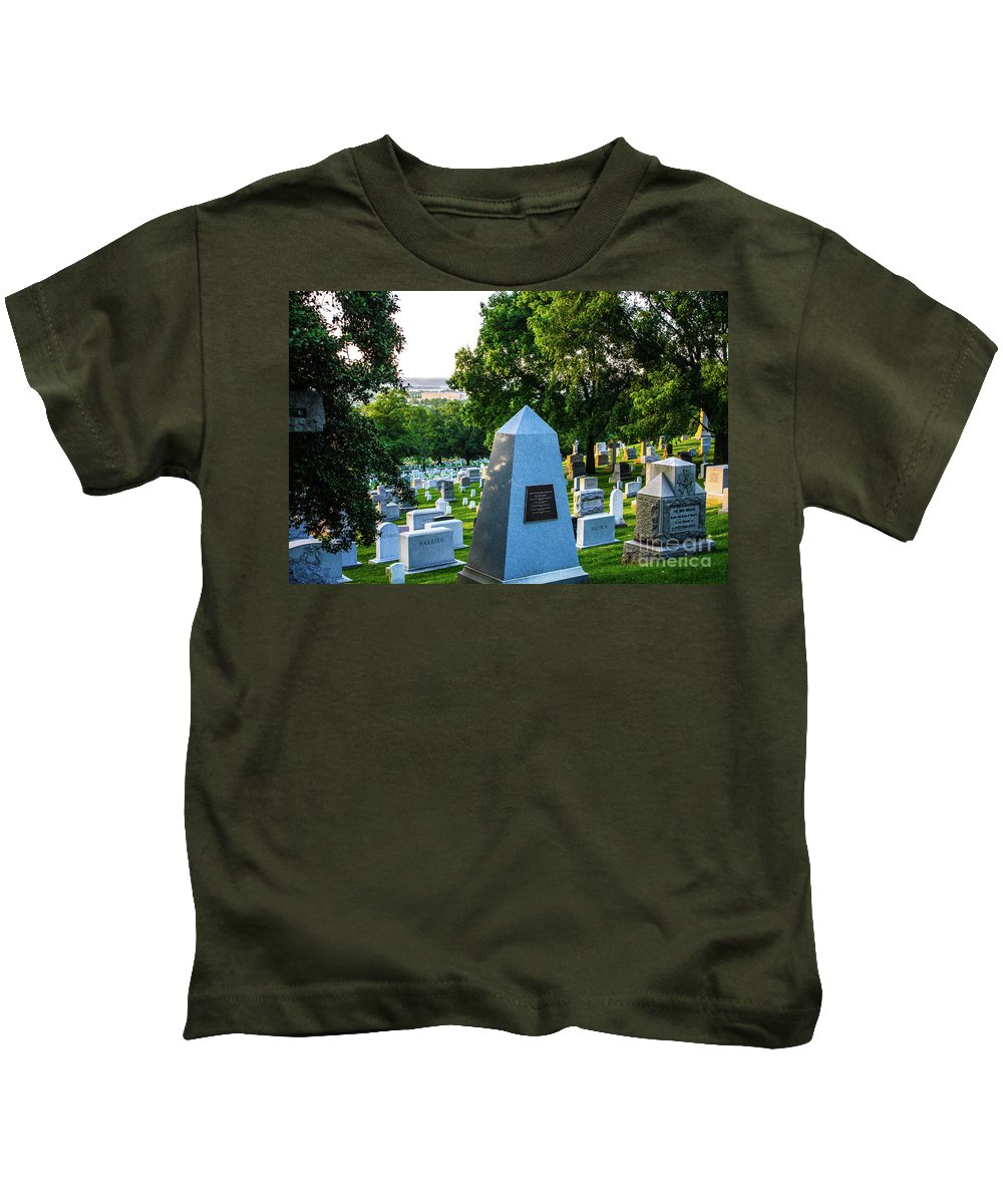 This Is A Sunrise Photo Of Graves At Arlington Cemetery Kids T-Shirt featuring the photograph Graves At Sunrise Arlington Cemetery by William Rogers