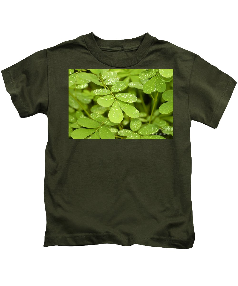 Green Kids T-Shirt featuring the photograph Green by David Lee Thompson