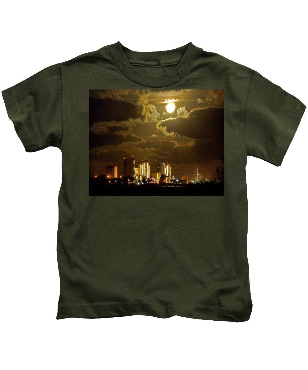 Beach Kids T-Shirt featuring the painting Gulf Shores Night Skys by Michael Thomas