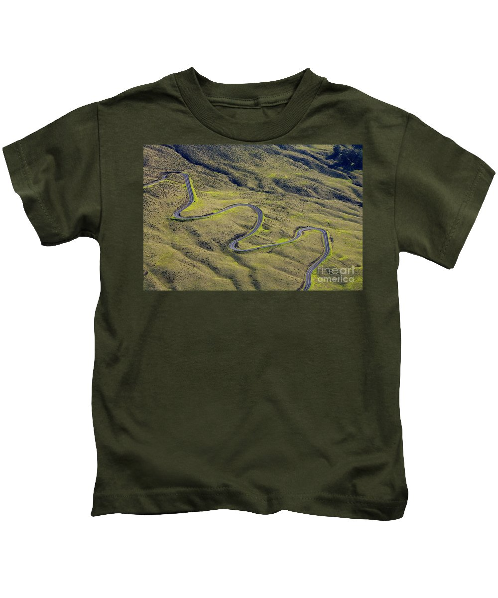 Above Kids T-Shirt featuring the photograph Haleakala Highway by Ron Dahlquist - Printscapes