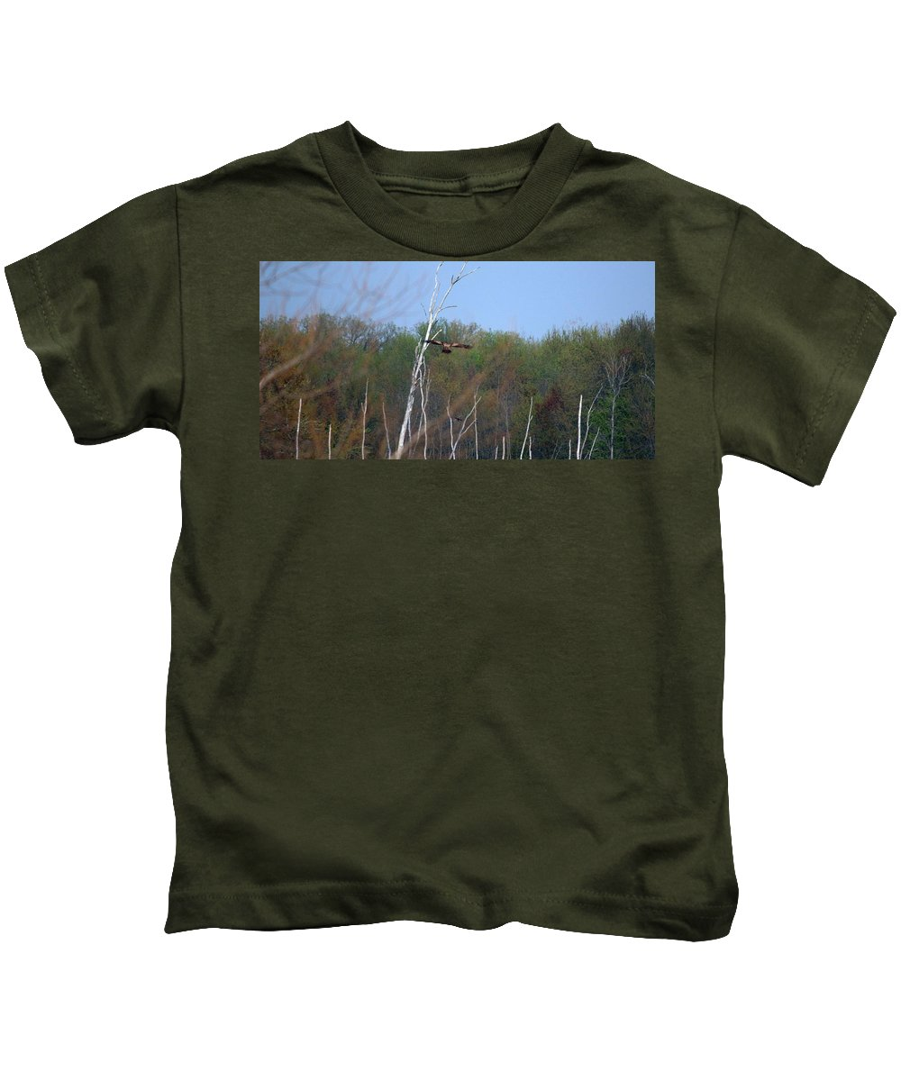 Bald Eagle Kids T-Shirt featuring the photograph Head For The Tree by Linda Kerkau