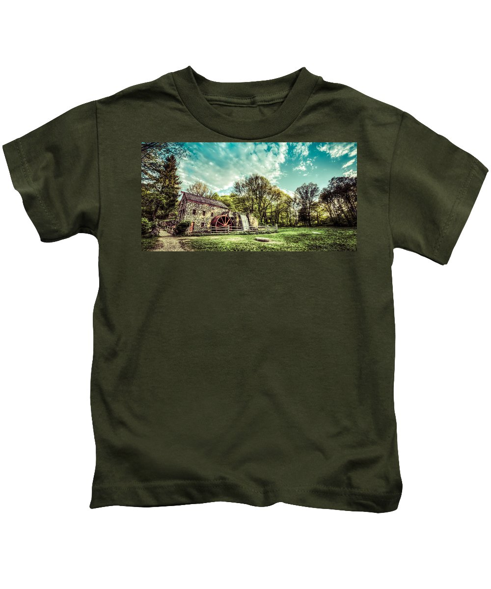 All Rights Reserved Kids T-Shirt featuring the photograph Henry Wadsworth Longfellow's Wayside Inn Gristmill, Sudbury, Massachusetts by James Wellman