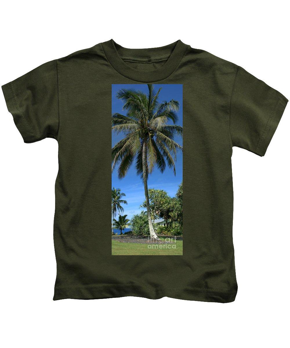Honomaele Kids T-Shirt featuring the photograph Honomaele Kahanu Gardens Hale O Piilani Ulaino Hana Maui Hawaii by Sharon Mau
