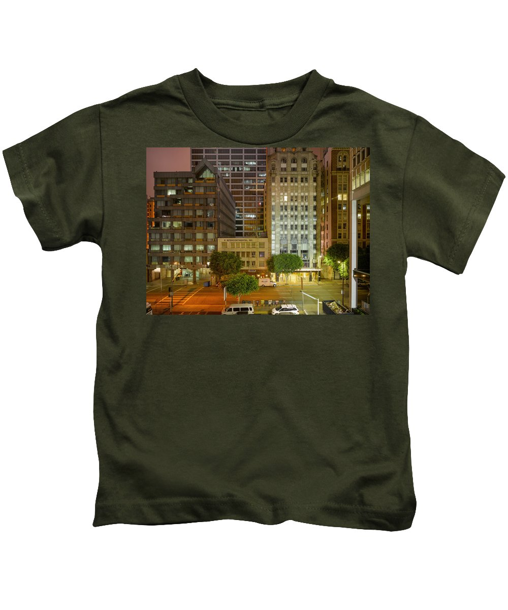 Reset Kids T-Shirt featuring the photograph Hope Street Night Dtla by Richard Lund