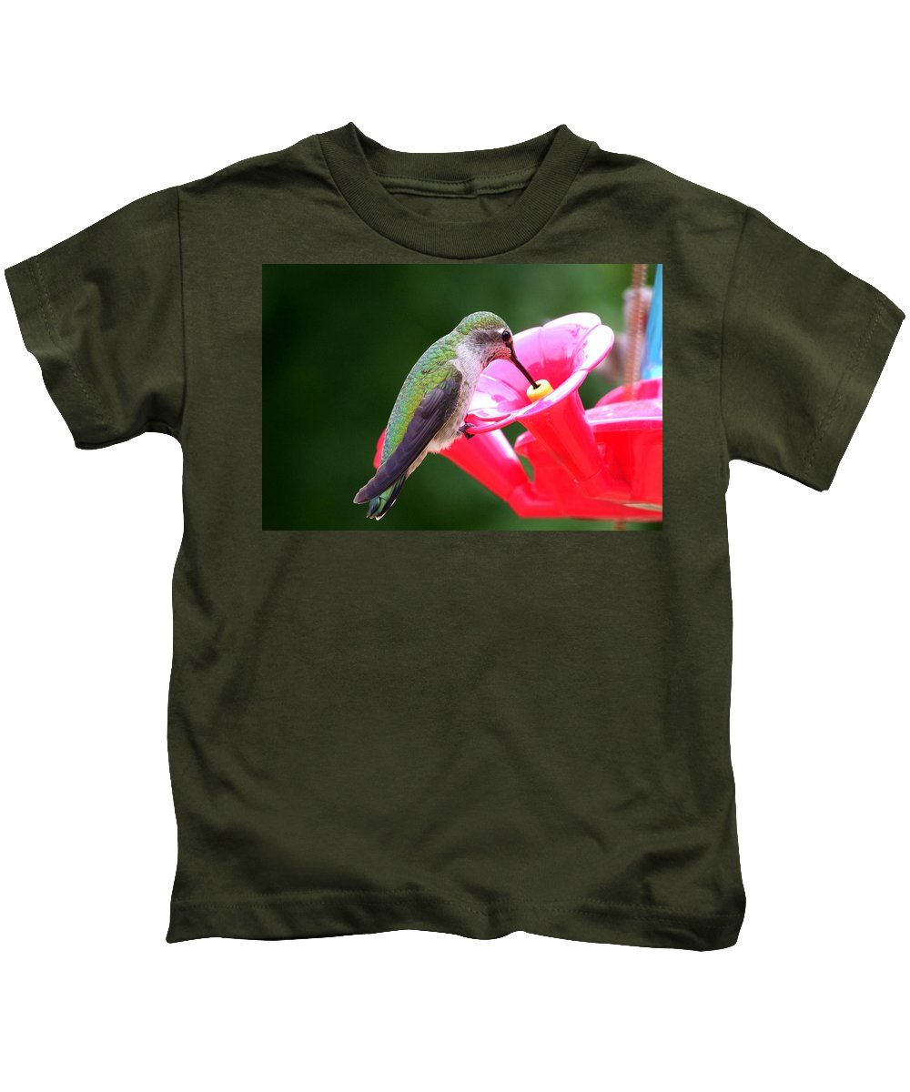 Red Kids T-Shirt featuring the photograph Hummingbird 33 by Mary Deal