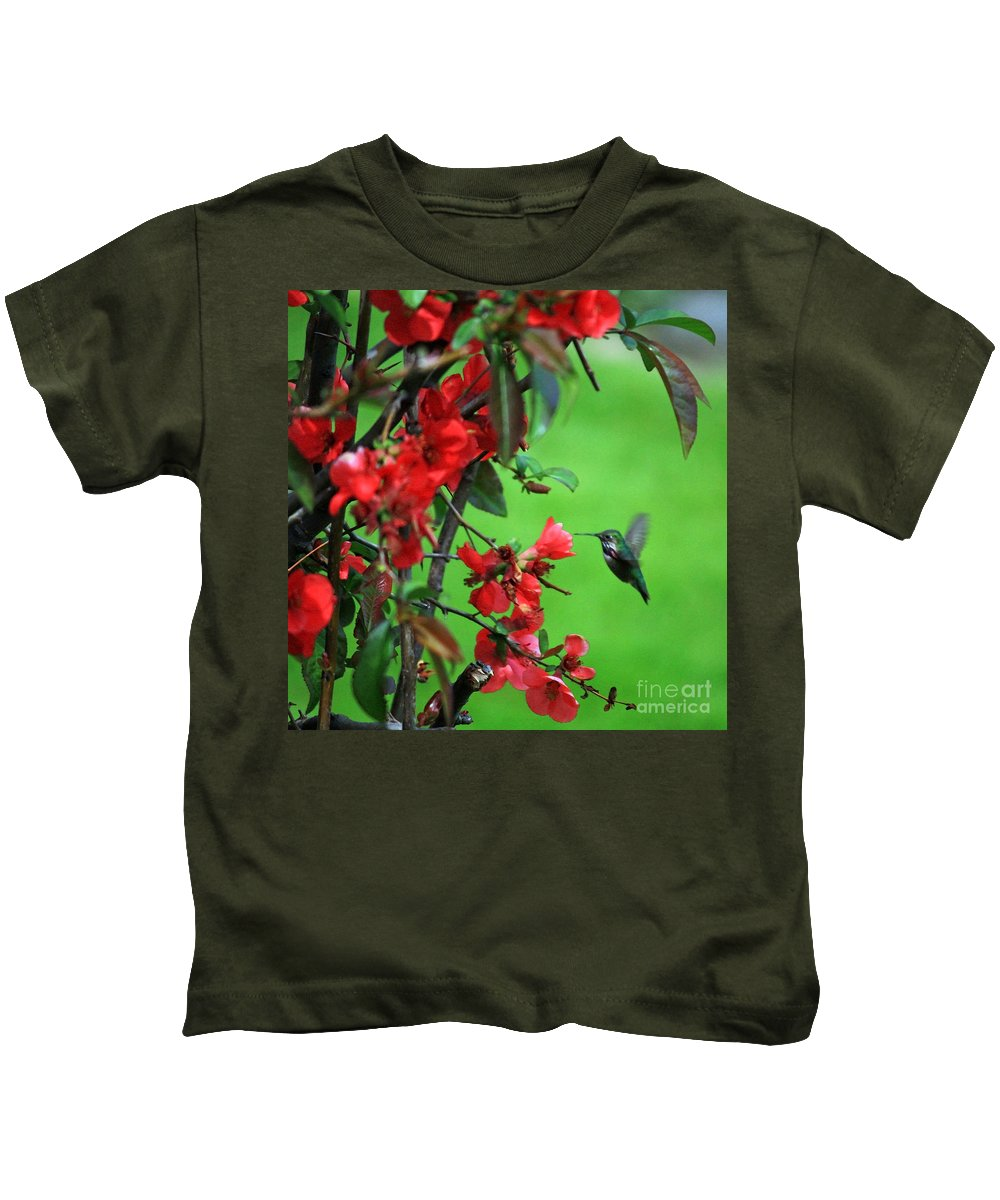 Flowering Quince Kids T-Shirt featuring the photograph Hummingbird In The Flowering Quince - Digital Painting by Carol Groenen