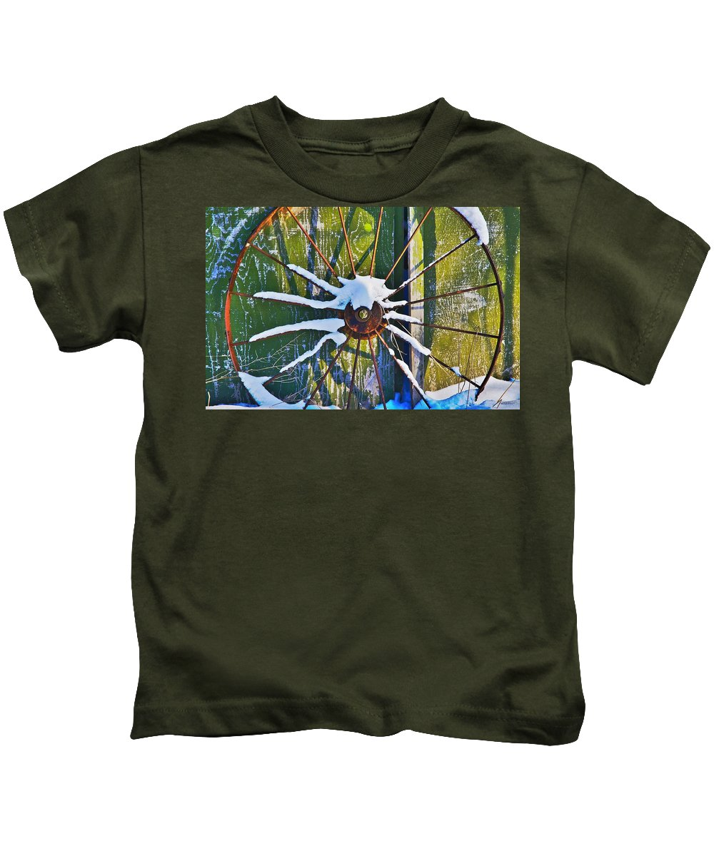 Iron Kids T-Shirt featuring the photograph Iron Wheel by Robert Pearson