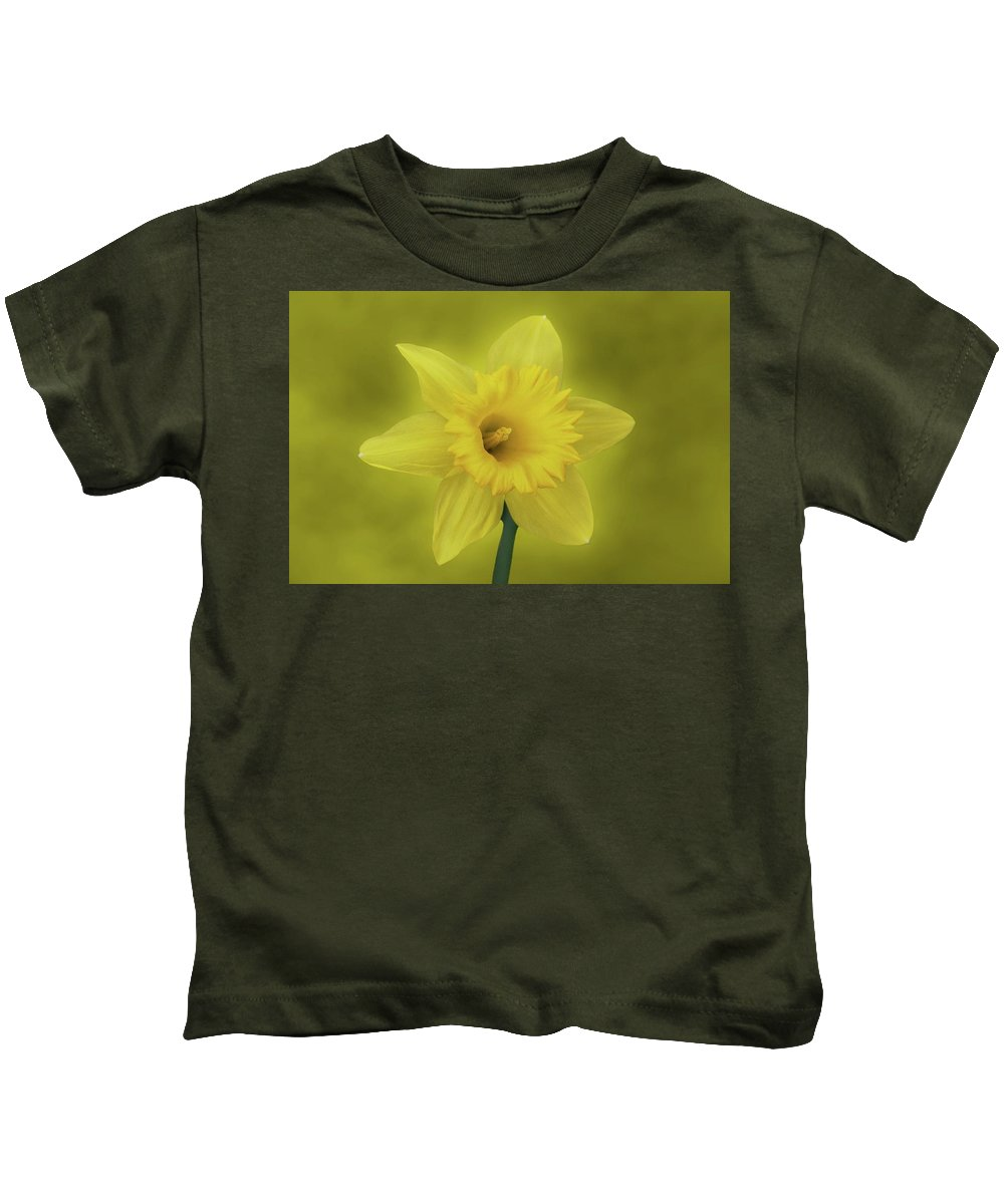 Daffodil Kids T-Shirt featuring the photograph It's Spring by Sandy Keeton
