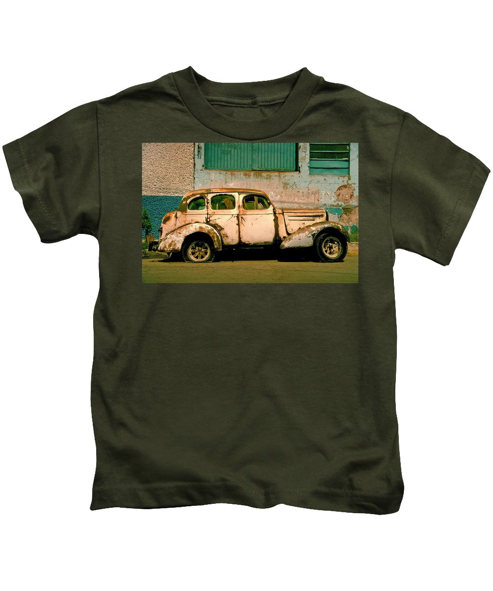 Skip Kids T-Shirt featuring the photograph Jalopy by Skip Hunt