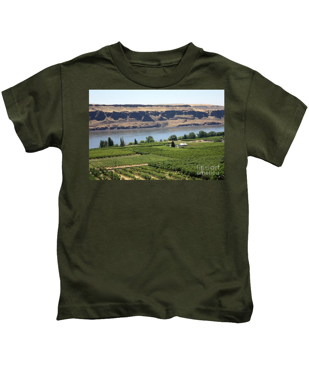 Columbia River Gorge Kids T-Shirt featuring the photograph Just Add Water... by Carol Groenen