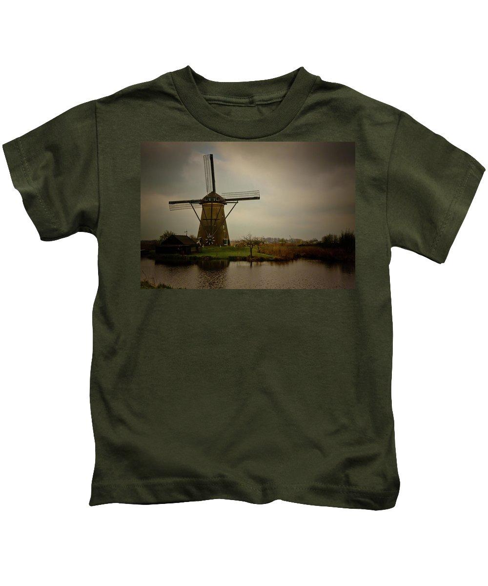Kinderjik Kids T-Shirt featuring the photograph Kinderjik Windmill by Jill Smith