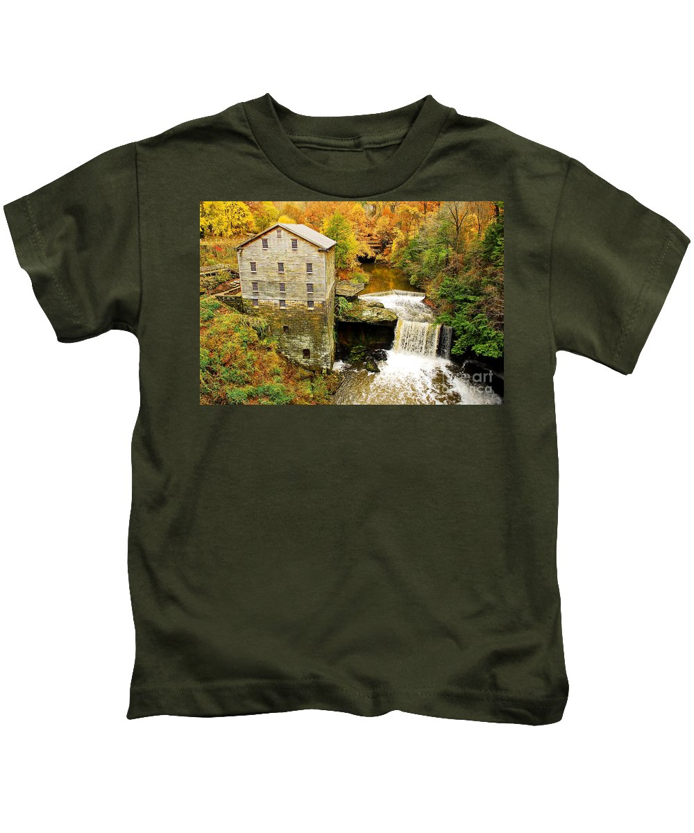 Lantermans Mill Kids T-Shirt featuring the photograph Lantermans Mill In Fall by Tony Bazidlo