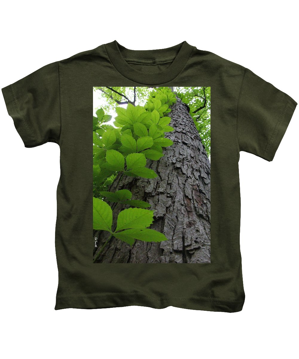 Leafy Ladder Kids T-Shirt featuring the photograph Leafy Ladder by Edward Smith