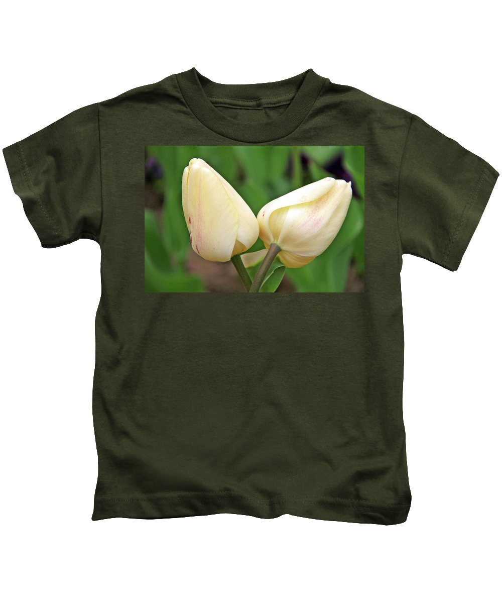 Flowers Kids T-Shirt featuring the photograph Lean On Me by Scott Mahon