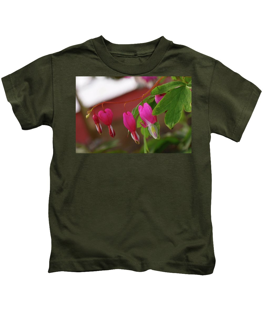 Hearts Kids T-Shirt featuring the photograph Little Hearts On A Vine by Jeff Swan