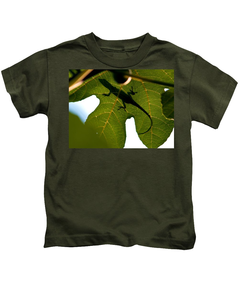 Lizard Kids T-Shirt featuring the photograph Lizard On A Fig Leaf by Charles Hite