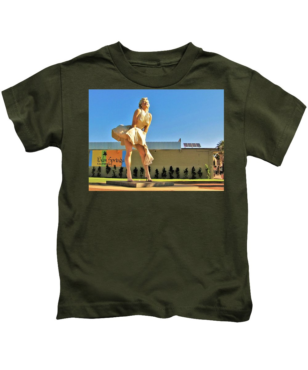 Palm Springs Kids T-Shirt featuring the photograph Marilyn In Palm Springs by Lisa Dunn
