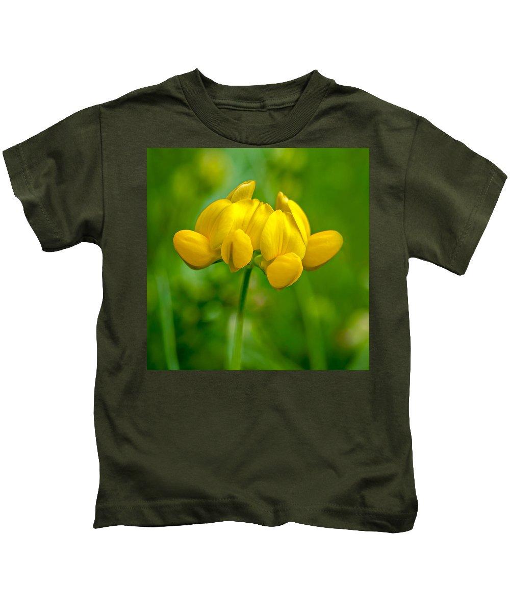 Steve Harrington Kids T-Shirt featuring the photograph Mellow Yellow by Steve Harrington
