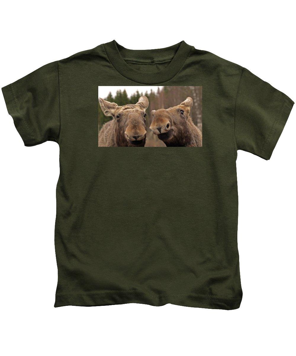 Moose Kids T-Shirt featuring the photograph Moosy Moment by Dagmar Batyahav